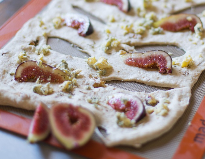 blue cheese walnut and fig fougasse-3