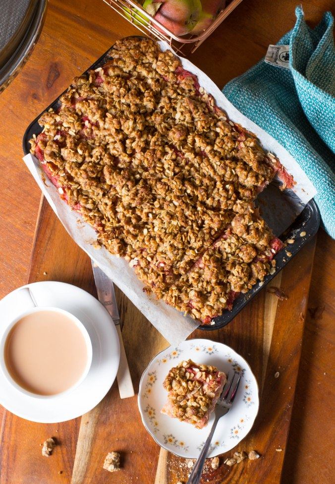 rhubarb and apple crumble slice-16